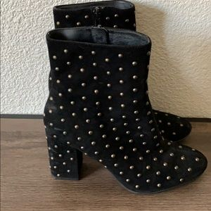 Lucky Brand studded suede ankle boots 8